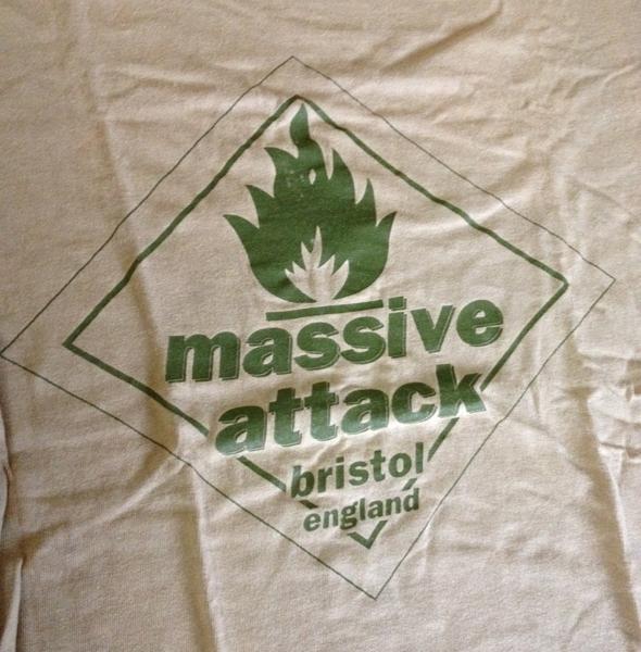 アタック マッシブ Massive Attack|マッシブアタック
