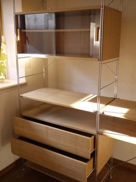 無印良品の引き戸付き食器棚・
