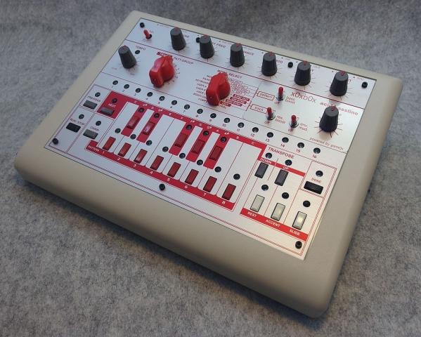 x0xb0x TB-303クローン RED&SILVER MODモデル xoxbox(リズム