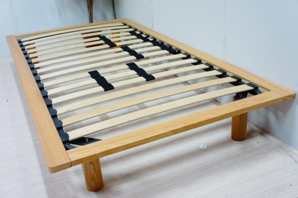 国産すのこベッド_すのこにひのきを使った木製折りたたみベッド_01