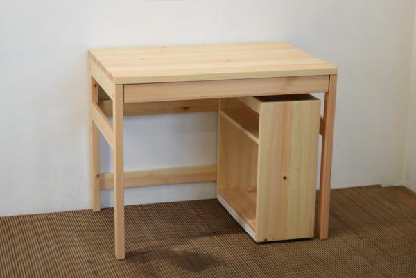 台所に無印良品のパイン材折り畳みテーブル&椅子、ユニットシェルフ 収納と