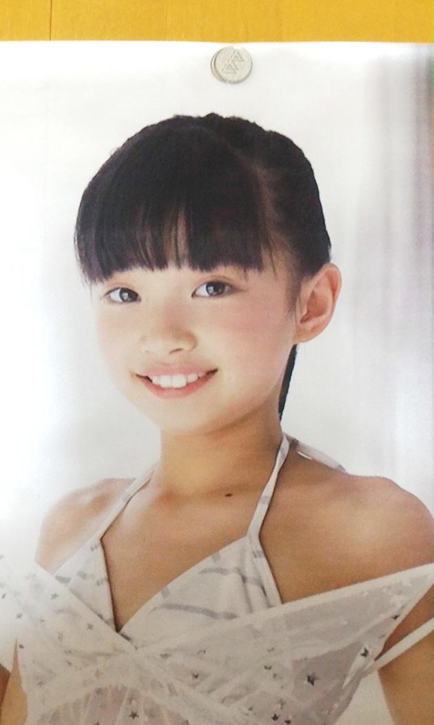 ほぼ 等身大 ジュニア アイドル ポスター 黒宮れい 110 × 61 cm 高級 ...