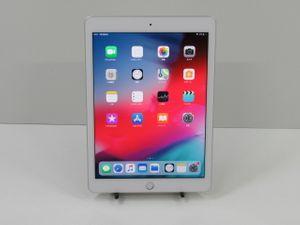 ★1円開始★ 動作良品 Apple iPad 第6世代 WiFi 32GB シル ...