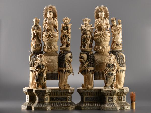 【流】中国美術 本象牙彫刻珊瑚象嵌文殊菩薩像一双 IN310◎◎