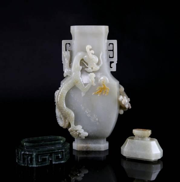 ■清乾隆 白玉双龍戯珠紋碧玉台蓋瓶 中国古美術唐物